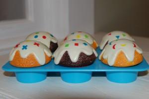 shape-sorter-cupcakes